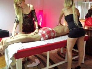 BODY TO BODY MASSAGE PARLOUR IN GHATKOPAR 8530488863